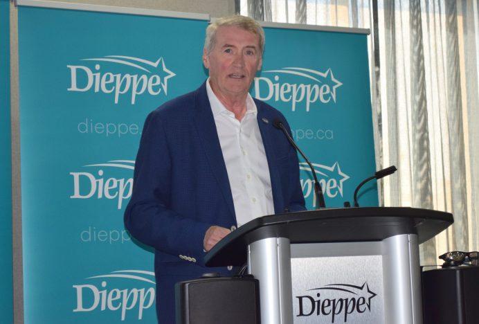 Le maire de Dieppe, Yvon Lapierre. - Archives