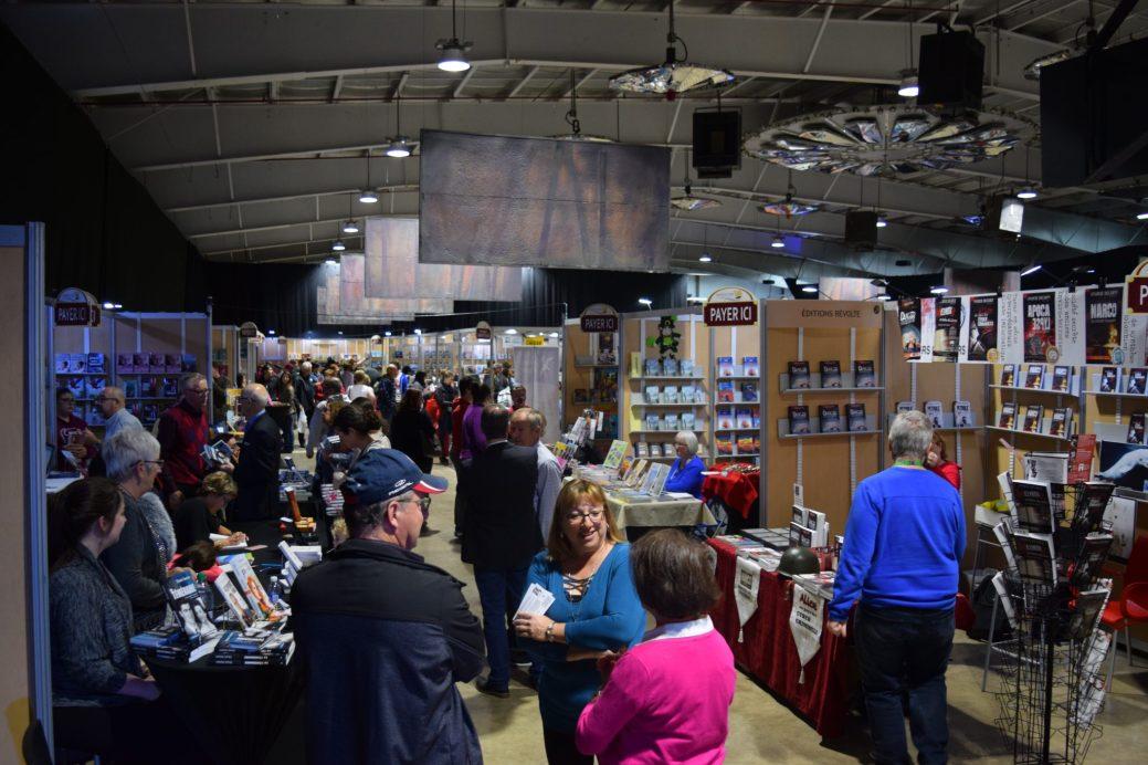 Plusieurs milliers de personnes ont visité le Salon du livre de la Péninsule acadienne ce week-end. - Acadie Nouvelle: David Caron