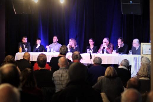 Les huits panélistes ont présenté leurs réflexions sur le climat politique et social actuel. - Acadie Nouvelle: Simon Delattre