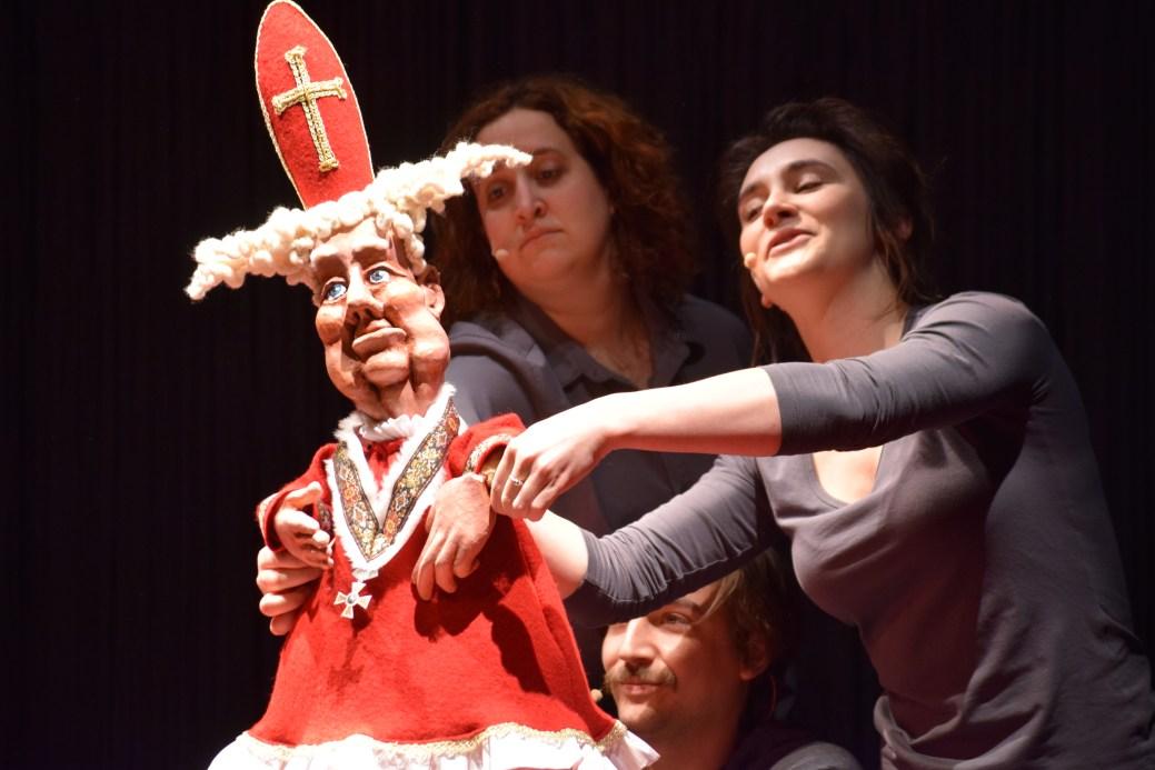 Monica Bolduc, Nicolas Dupuis et Florence Brunet répètent une scène de la pièce Winslow. - Acadie Nouvelle: Sylvie Mousseau