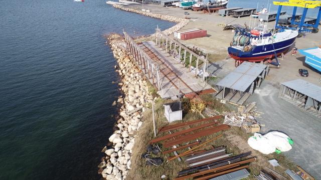 La rampe de halage au parc industriel de Bas-Caraquet ne sert plus depuis de nombreuses années. - Gracieuseté