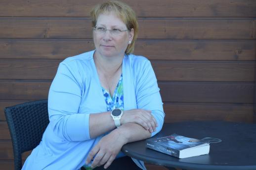 Suzan Payne a lancé le deuxième tome de sa trilogie Pour toi mon amour pour toujours. - Acadie Nouvelle: Sylvie Mousseau