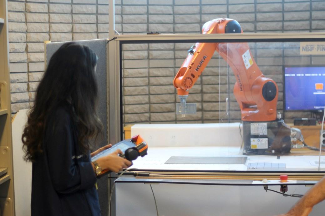L'Université de Moncton ouvrira prochainement un laboratoire en robotique industrielle. - Acadie Nouvelle: Simon Delattre