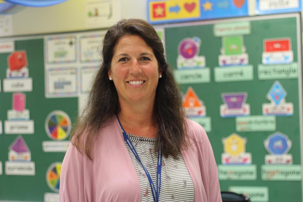 Shelley LeBlanc préconise d'intégrer la tablette à petits pas dans la salle de classe. - Acadie Nouvelle: Simon Delattre