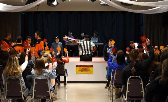 À sa toute première saison, la Ligue d'Improvisation du Restigouche (LIR) semble avoir été adoptée par le public.- Acadie Nouvelle Jean-François Boisvert