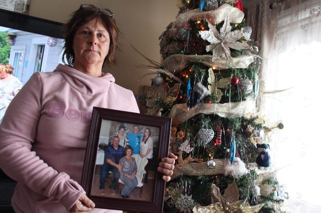 Carmelita Robichaud s'apprête à passer un premier Noël sans son conjoint Gaston. - Acadie Nouvelle: Réal Fradette