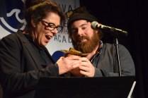 Denise Bouchard et Gilles Doiron ont remporté la Vague du meilleur long métrage acadien au FICFA. - Acadie Nouvelle: Sylvie Mousseau