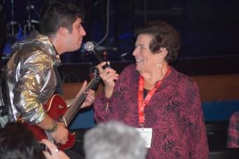 Mehdi Cayenne en compagnie d'Hélène Legault lors de sa prestation à la FrancoFête en Acadie. - Acadie Nouvelle: Sylvie Mousseau