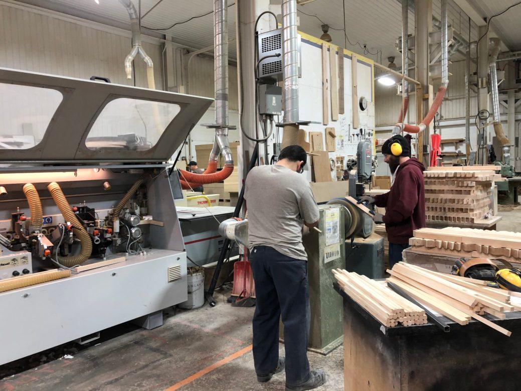 L'entreprise Ébénisterie TechDesign Woodworking est en mesure de produire du mobilier et d'offrir des services pour près de 1000 chambres d'hôtel par année dans ses installations du Madawaska. - Acadie Nouvelle: Sébastien Lachance