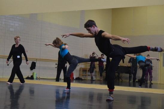 Marie-Josée Chartier a offert un atelier de danse moderne aux danseurs du BTAC. - Acadie Nouvelle: Sylvie Mousseau