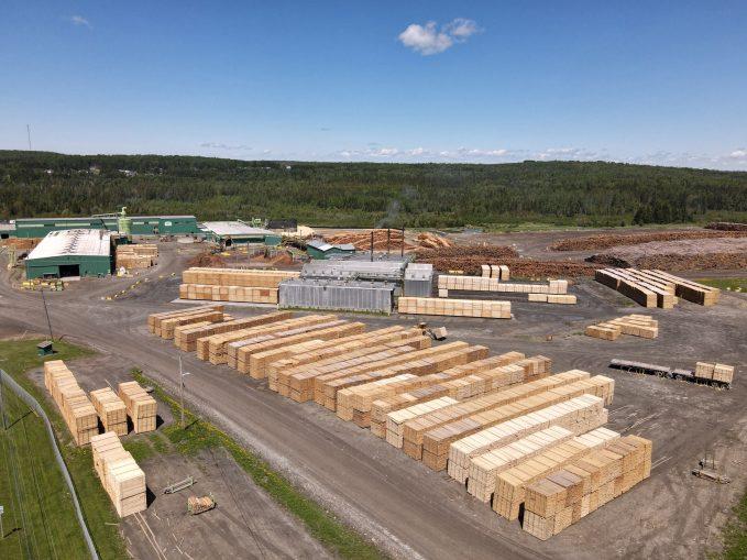 La scierie J.D. Irving, principal employeur de Kedgwick. - Acadie Nouvelle: Simon Delattre