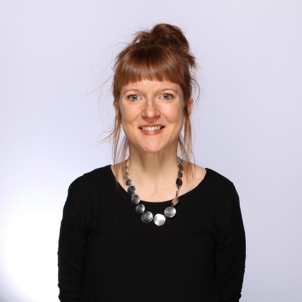 La professeure en gestion des services de santé à l'Université de Moncton, Claire Johnson a réussi à rester une chercheuse aussi productive pendant la pandémie en étant mère de trois jeunes enfants. - Gracieuseté