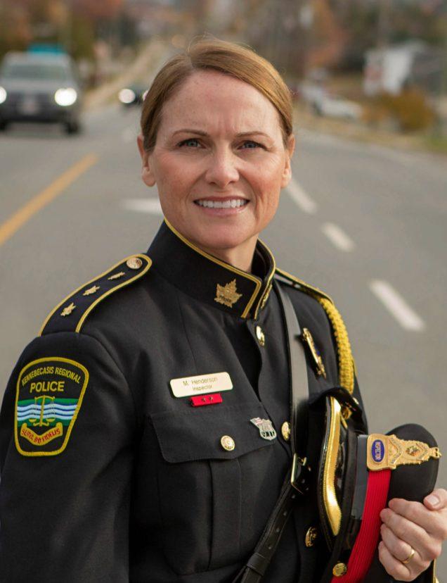 L'inspectrice, Mary Henderson fait le lien entre les recommandations d'experts en soutien de victimes d'agressions sexuelles et les officiers de la force policière de Kennebecasis. - Gracieuseté