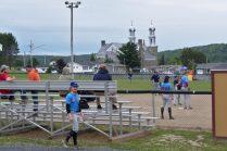 Tous les jeudis pendant quelques semaines de l'été, un tournoi local de balle molle a lieu à Sainte-Anne-de-Madawaska. - Acadie Nouvelle: Cédric Thévenin