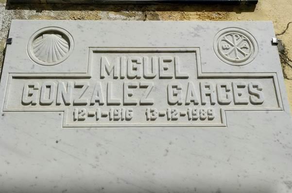 Tumba de Miguel González Garcés