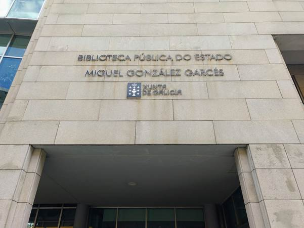Biblioteca Pública Miguel González Garcés