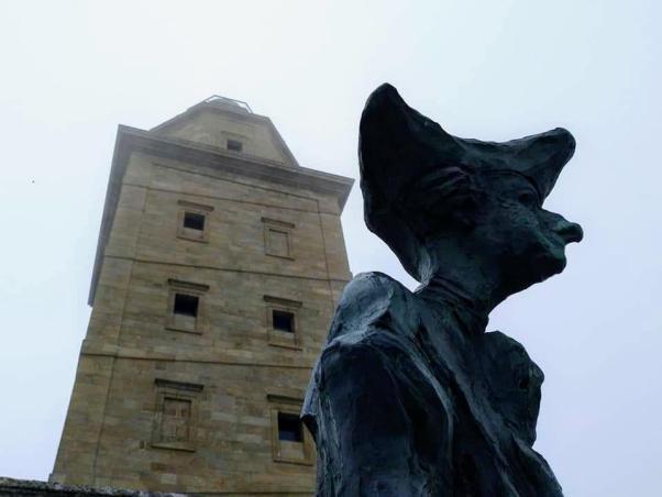 Monumento a Carlos III na Torre de Hércules