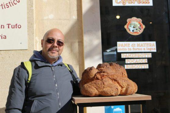 Stefano e il pane di Matera
