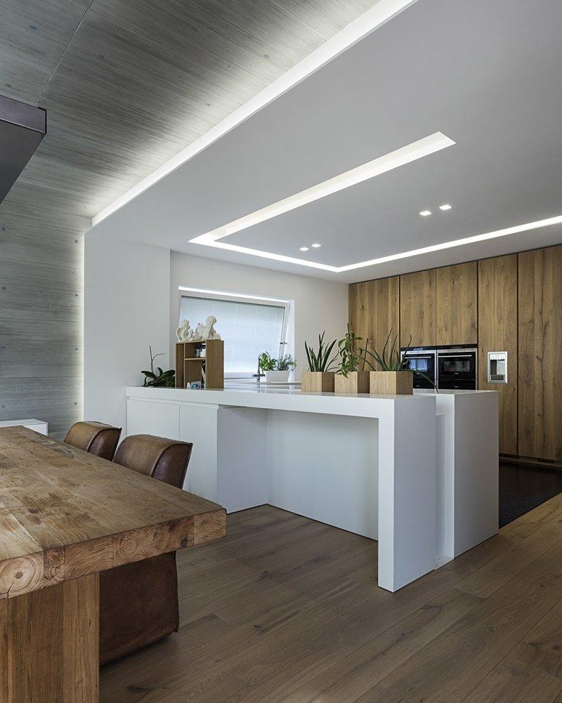 Arredare con le strisce LED efficienza e versatilit  A