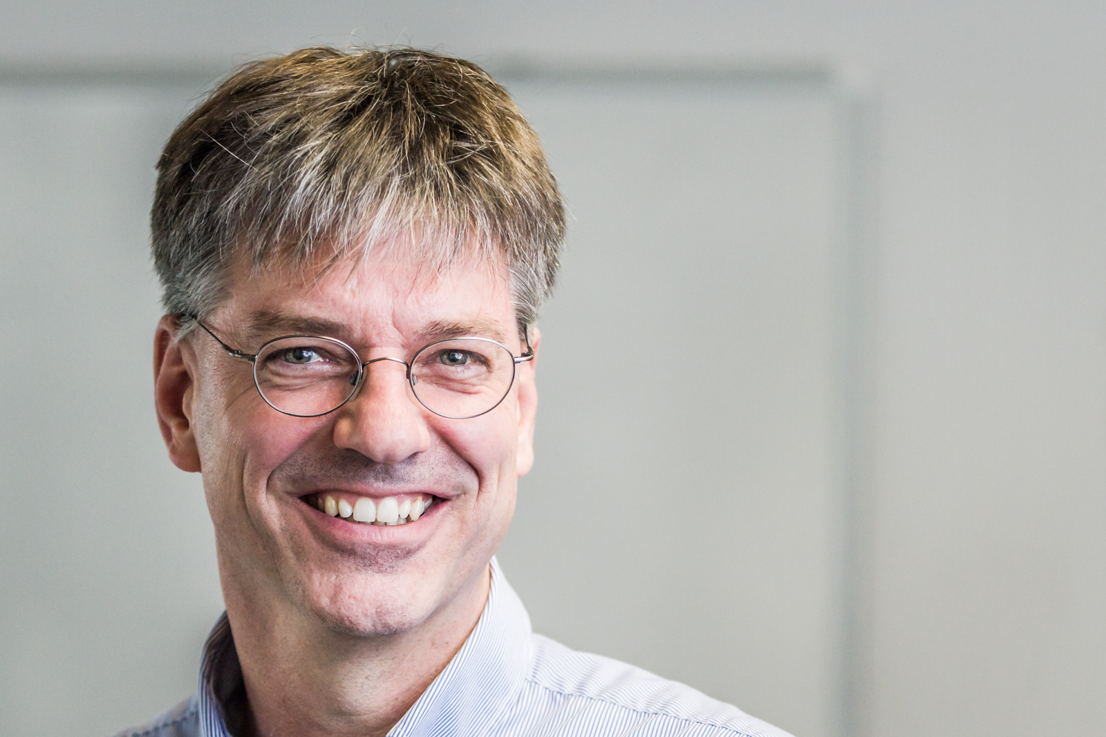 [:de]Roger Müller ist Gründer und CEO mit Herzblut von acc solutions. [:en]Roger Müller is a founder of acc solutions and the CEO.[:]