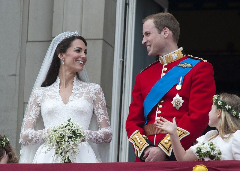 kate-middleton-prince-william-wedding-5-year-anniversary-ss01