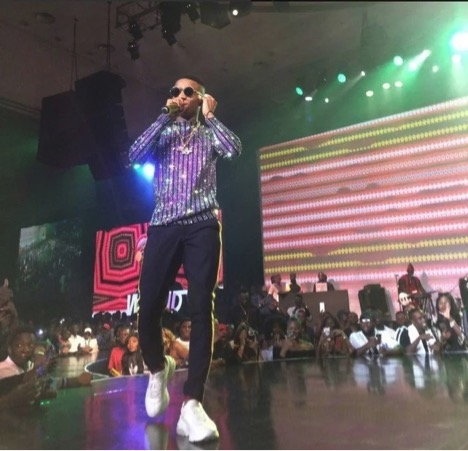 wizkid's outfit