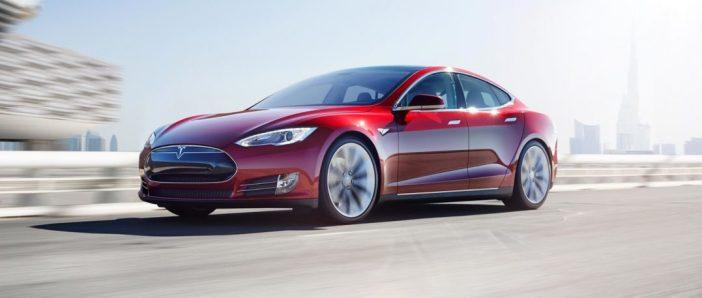 Tesla punane