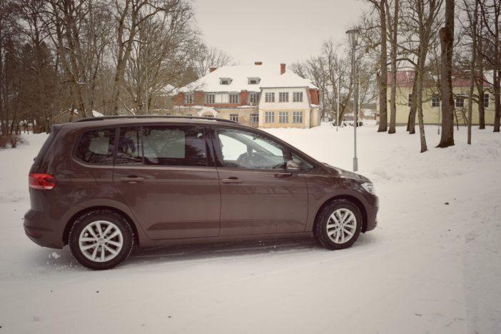 Uus, 7-kohaline Volkswagen Touran