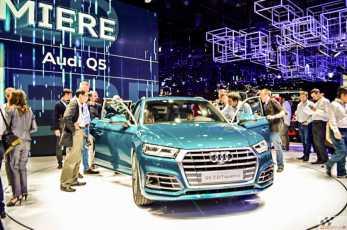 Audi Q5 Pariisi autonäitusel elusuuruses