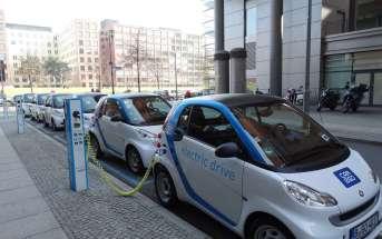 elektriauto plats puhtaks