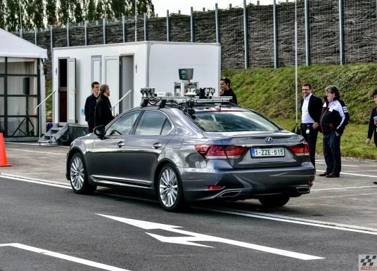 Tulevikus suudavad robotautod ära arvata inimjuhi iseloomutüübi ja vastavalt käituda