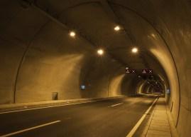 Arvamus: moodne leed-tuledega sõiduk kui nähtamatu Pimeduse Rüütel