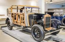 Olid ajad, mil autokered valmistati osaliselt puidust. See Škoda 422 pärineb aastast 1932
