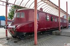 Tatra on kogu oma ajaloo vältel valmistanud ja valmistab praegugi kõikvõimalikke sõjaväesõidukeid. 1942. aastal tellis Wehrmacht Tatralt kaks mootorsaani V855, mille aluseks oli sõiduauto T87