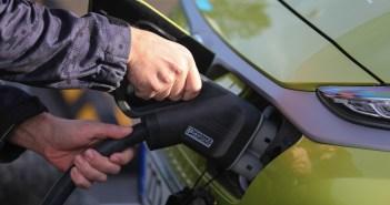 Lugeja küsib: kas firma elektriauto kodus laadimine läheb erisoodustuse alla?