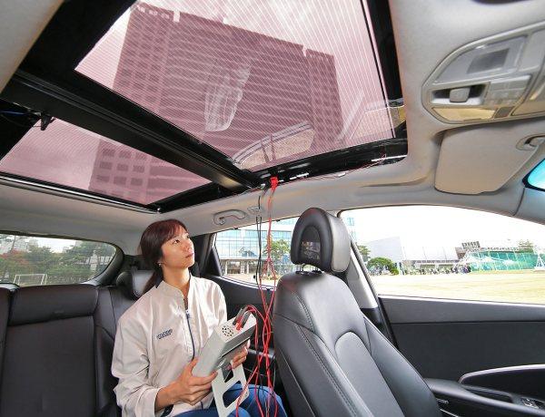 Päikesepaneelidest katus sobib ka sisepõlemismootoriga autodele