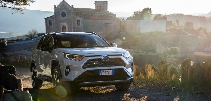 Automüük läheb tõusujoones: meiukuu lemmikud olid Toyota, Škoda ja Peugeot