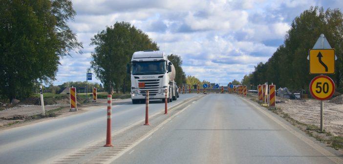 Teedeinsener: millal ja milleks on vaja teedele keskpiiret?