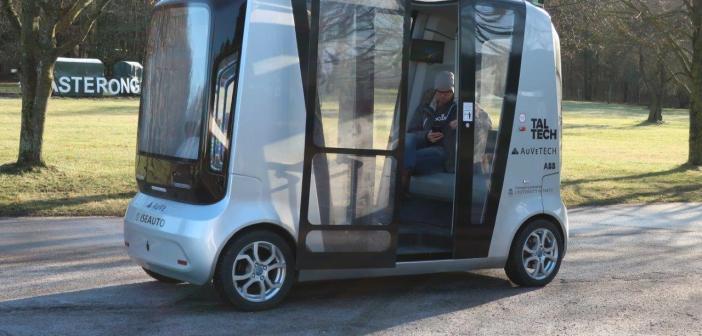 Märtsist saab Tallinna Loomaaias ringi sõita isejuhtiva bussiga