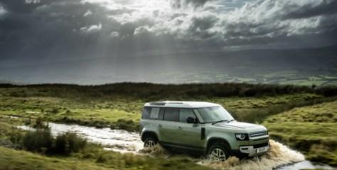 Maailma naiste 2021. aasta auto tiitli võitis Land Rover Defender