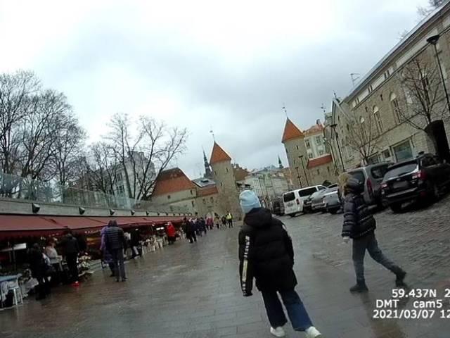Tallinnas, Viru tänava lillemüüjate juures on naistepäeval varasemast vaiksem