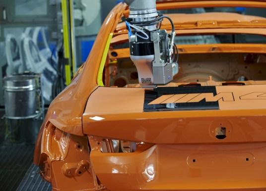 BMW uus värvimistehnoloogia on säästlikum, kiirem ja odavam