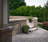Pavers/Free standing walls with columns
