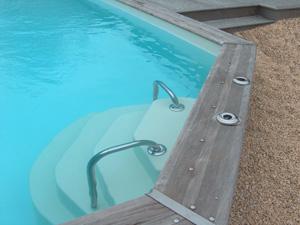 accelo installation escalier piscine