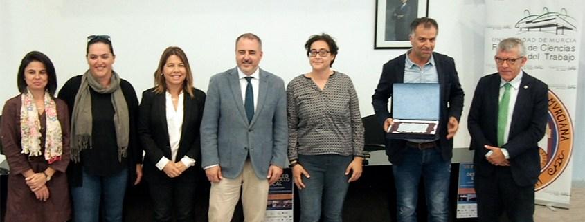 Accem recibe el premio a la Mejor Entidad de Empleo y Desarrollo Local 2019 en Murcia
