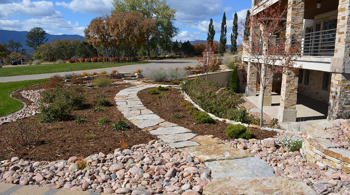 flagstone patio installation and design