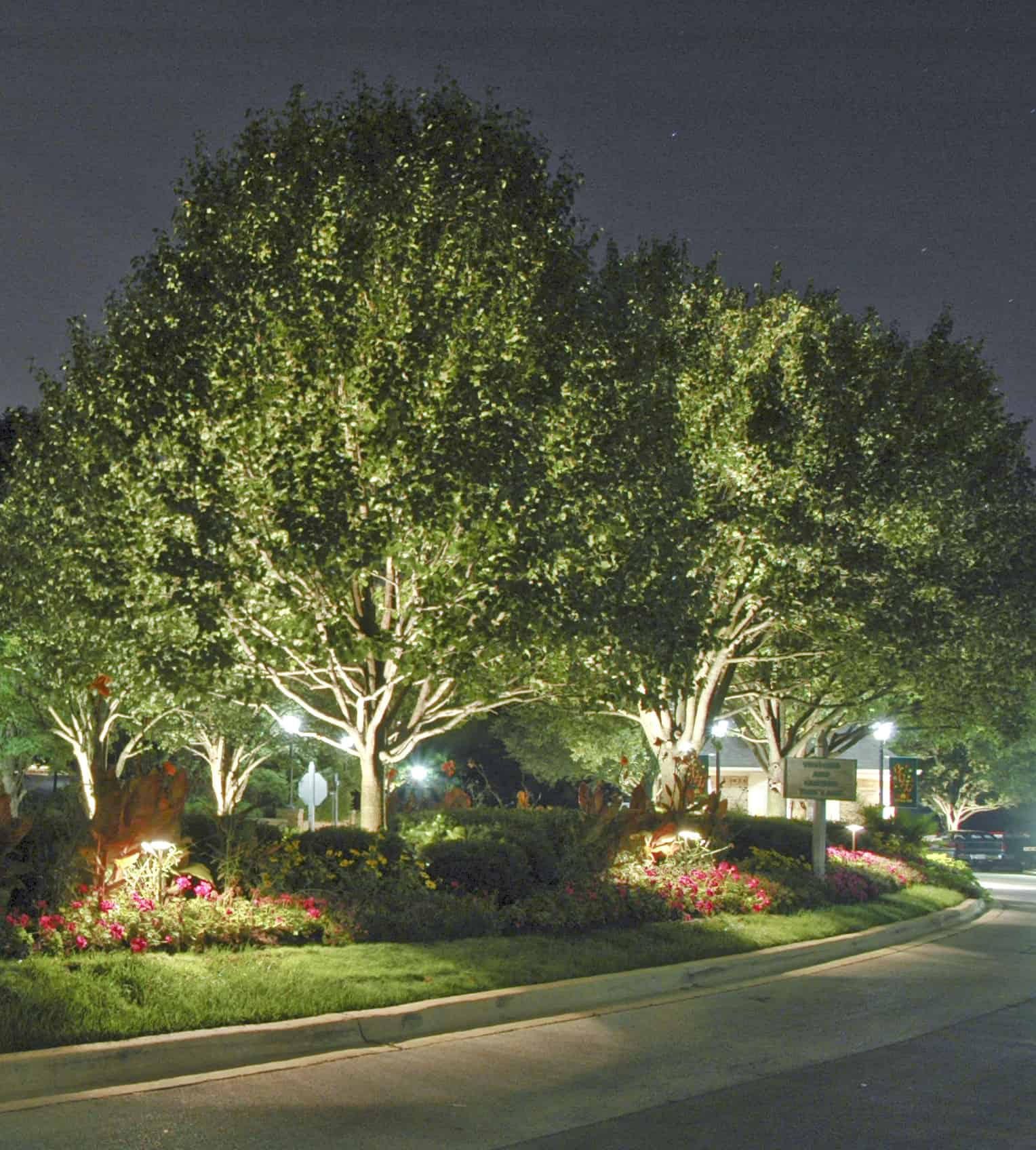 Subdivision Entryways Outdoor Lighting In Chicago Il