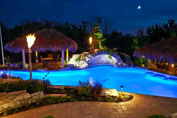 Pools And Water Features - Outdoor Lighting In Chicago Il
