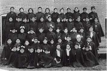 Albuquerque Indian School early class of younger girls