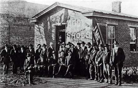 Biographies of Daviess County, Missouri